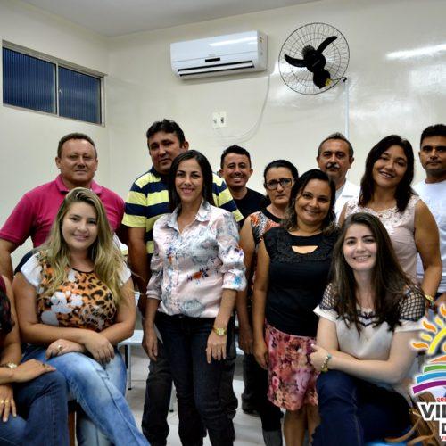 Prefeito de Vila Nova do PI anuncia reajuste salarial de 11 %  para servidores efetivos da Saúde