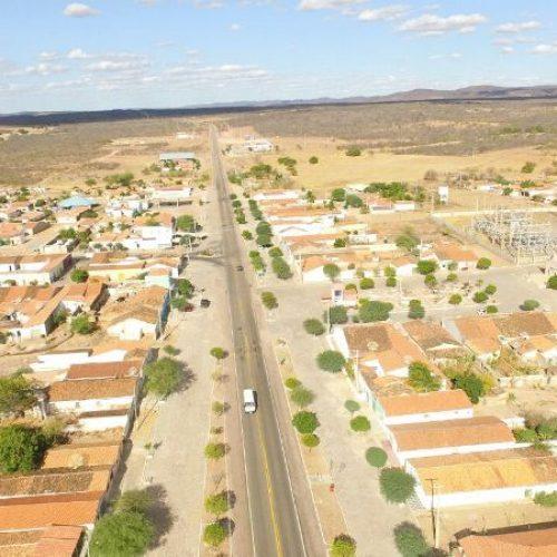 SÃO JULIÃO    Assaltantes invadem casa,  roubam dinheiro e agridem casal no povoado Mandacaru