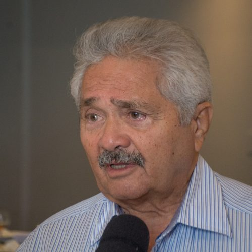 Elmano Férrer assina carta contra sanção da lei de terceirização