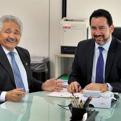Elmano garante R$ 41 milhões para duplicação da BR-316