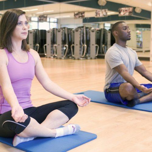 Ministério da Saúde inclui ayurveda, quiropraxia, ioga e shantala entre as práticas no SUS