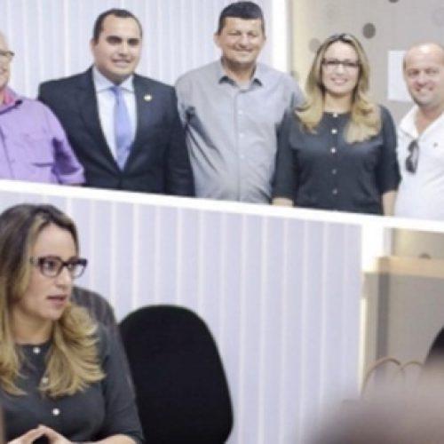Prefeito de Jaicós se reúne com Rejane Dias em busca de melhorias para a Educação