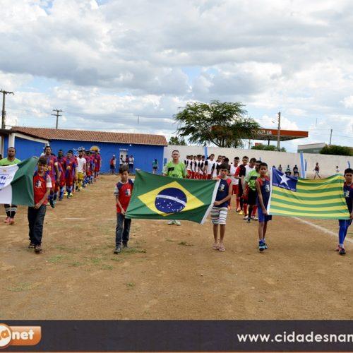 17º Campeonato Municipal de Futebol é aberto em Simões; veja fotos