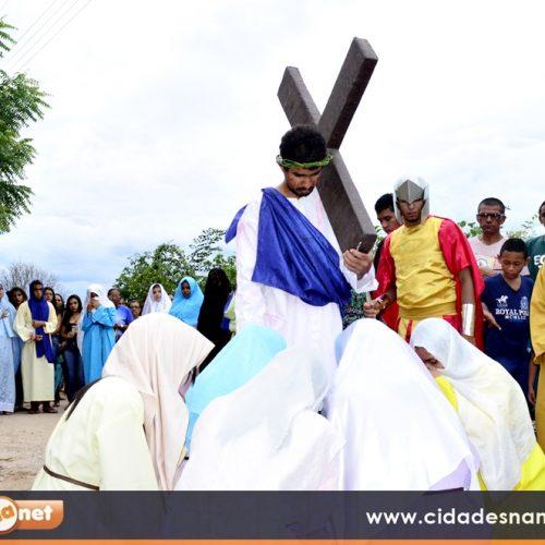 JAICÓS   Grupo de jovens revivem últimos passos de Jesus; veja fotos