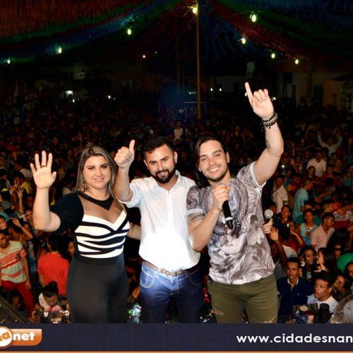 Shows levam multidão a festa do 25º aniversário de Jacobina do Piauí