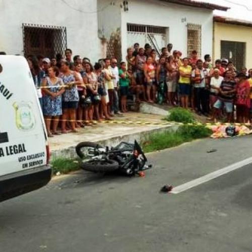 Homem morre em acidente logo depois de deixar filho em escola no Piauí