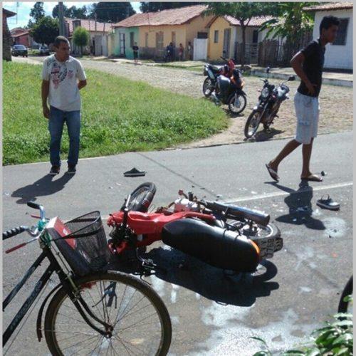 Adolescente em motocicleta morre em colisão com caminhão no Piauí