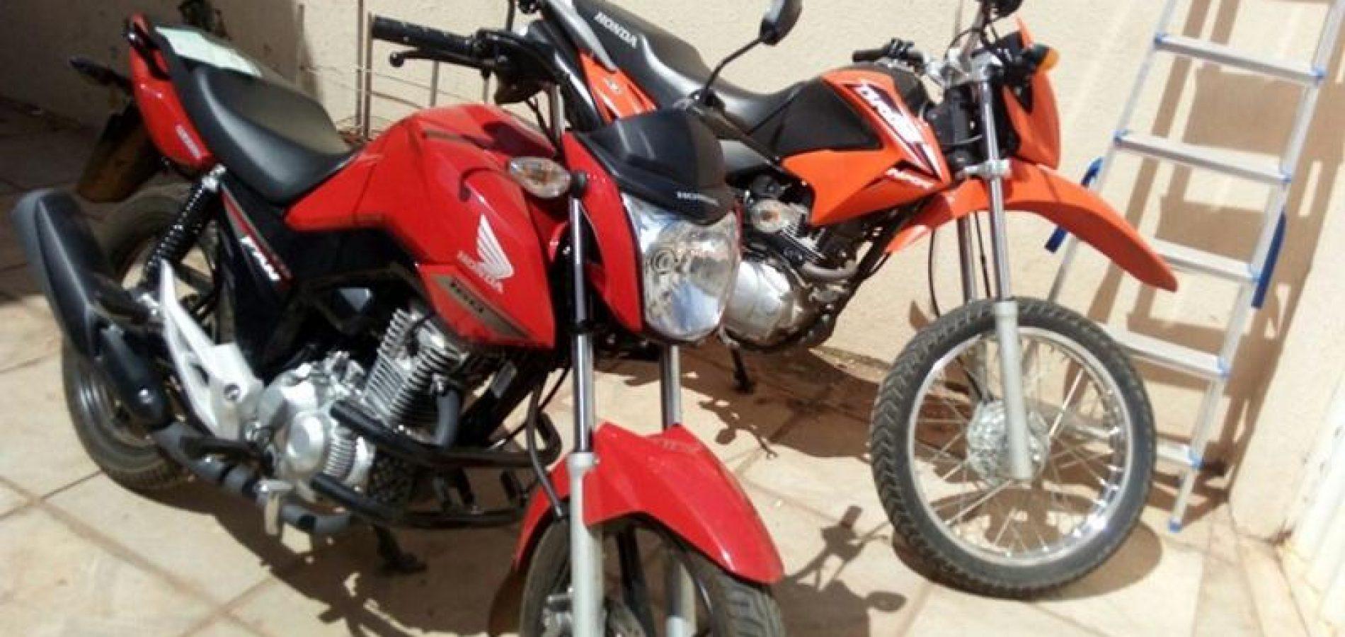 Duas motos roubadas são recuperadas em Picos e uma pessoa é presa
