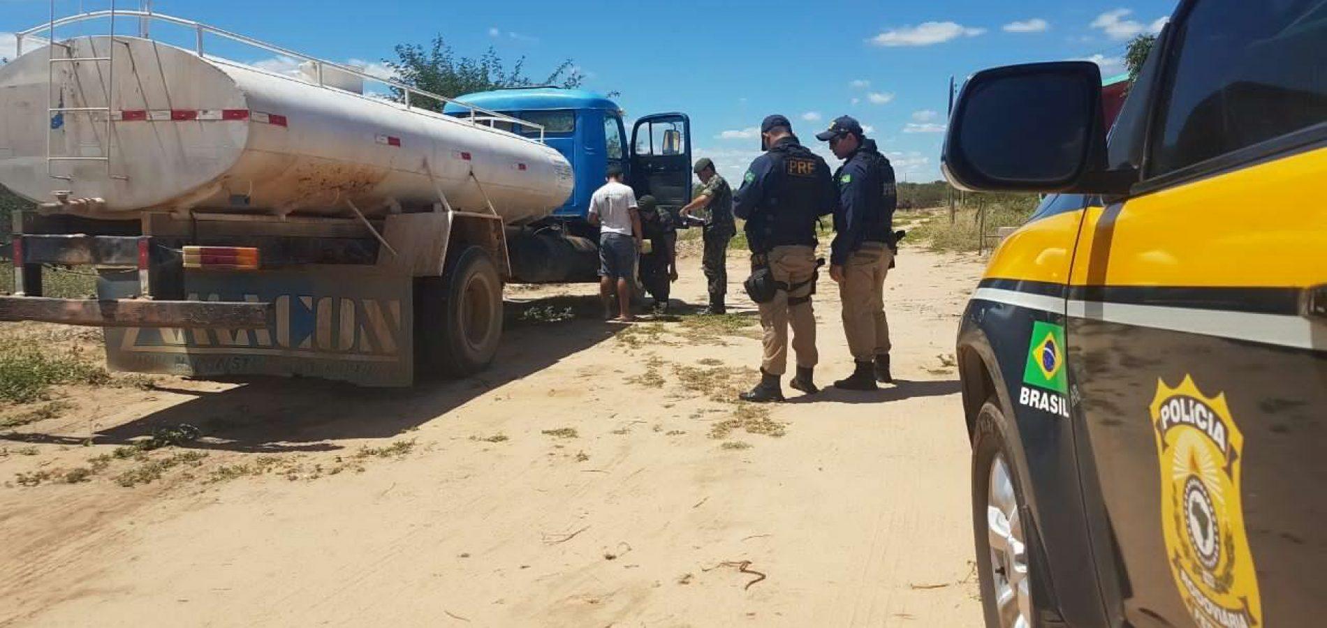 Operação Água Limpa apreende 4 mil litros de querosene de avião em carro-pipa