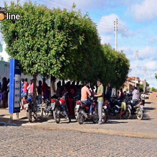 BETÂNIA | Pacientes passam a madrugada em fila para marcar uma consulta pelo SUS