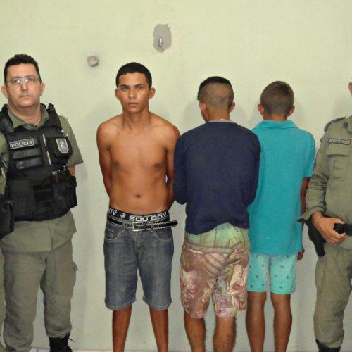 Trio suspeito de assaltar caminhoneiro na BR 316 é perseguido e preso próximo a Alegrete do Piauí