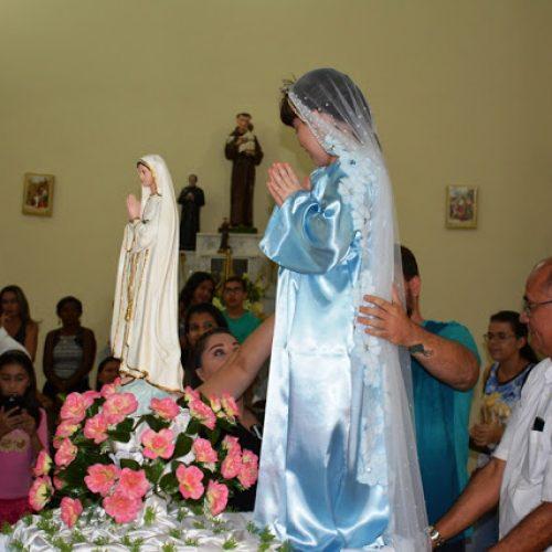Paróquia de Fronteiras encerra trezena de Nossa Senhora de Fátima com Missa Solene, Coroação e Procissão