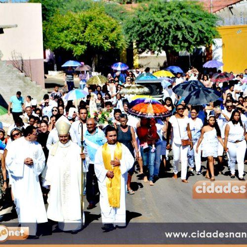 ALEGRETE | Comunidade católica celebra 50 anos de Nossa Senhora de Fátima com missa solene e procissão; veja fotos