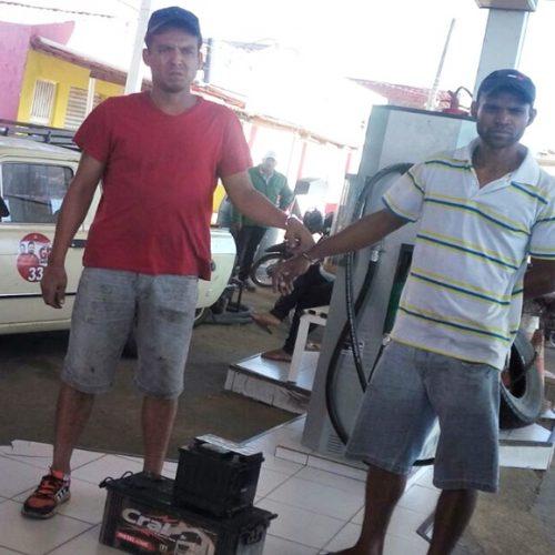Dupla de caminhoneiros é detida por furtar baterias de posto em Jacobina do Piauí