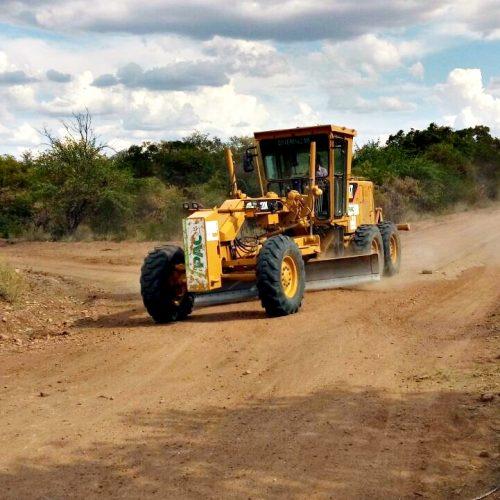Prefeitura de Massapê do Piauí inicia recuperação das estradas vicinais