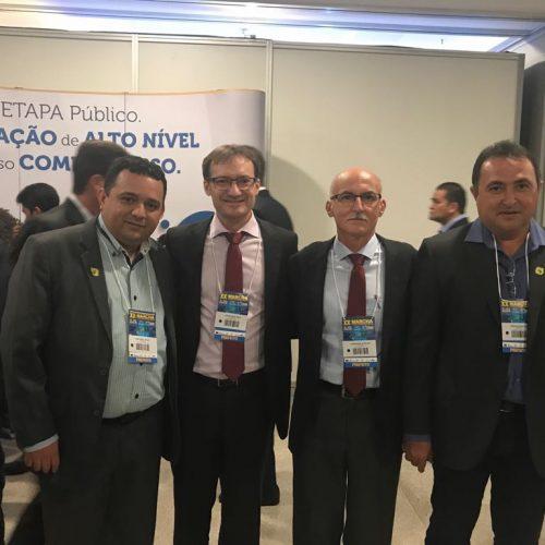 Prefeito de Patos do Piauí participa de evento municipalista em Brasília