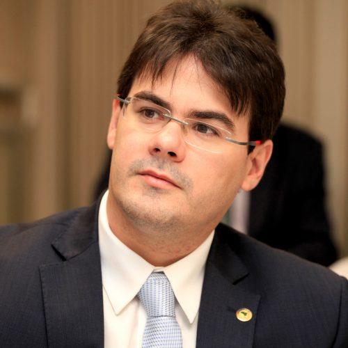 Severo Eulálio garante que obras do Ginásio do Junco serão retomadas após nova paralisação