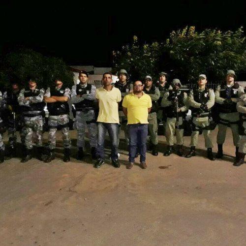 Dupla é presa durante abordagem a ônibus na cidade de Paulistana e caminhão roubado é recuperado em Teresina. Veja!