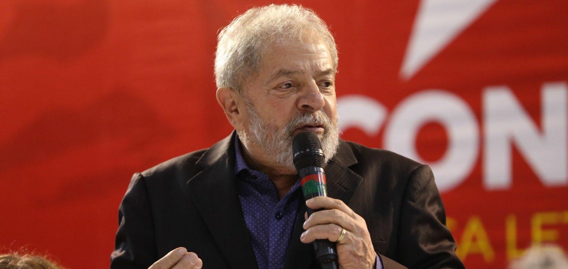 Ex-presidente Lula defende impeachment de Michel Temer e eleições diretas