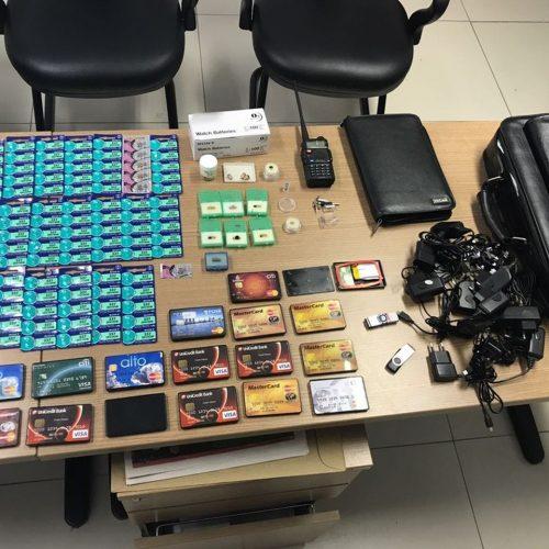 Grupo cobrava até R$ 150 mil por 'kit completo' de aprovação em concursos, diz polícia