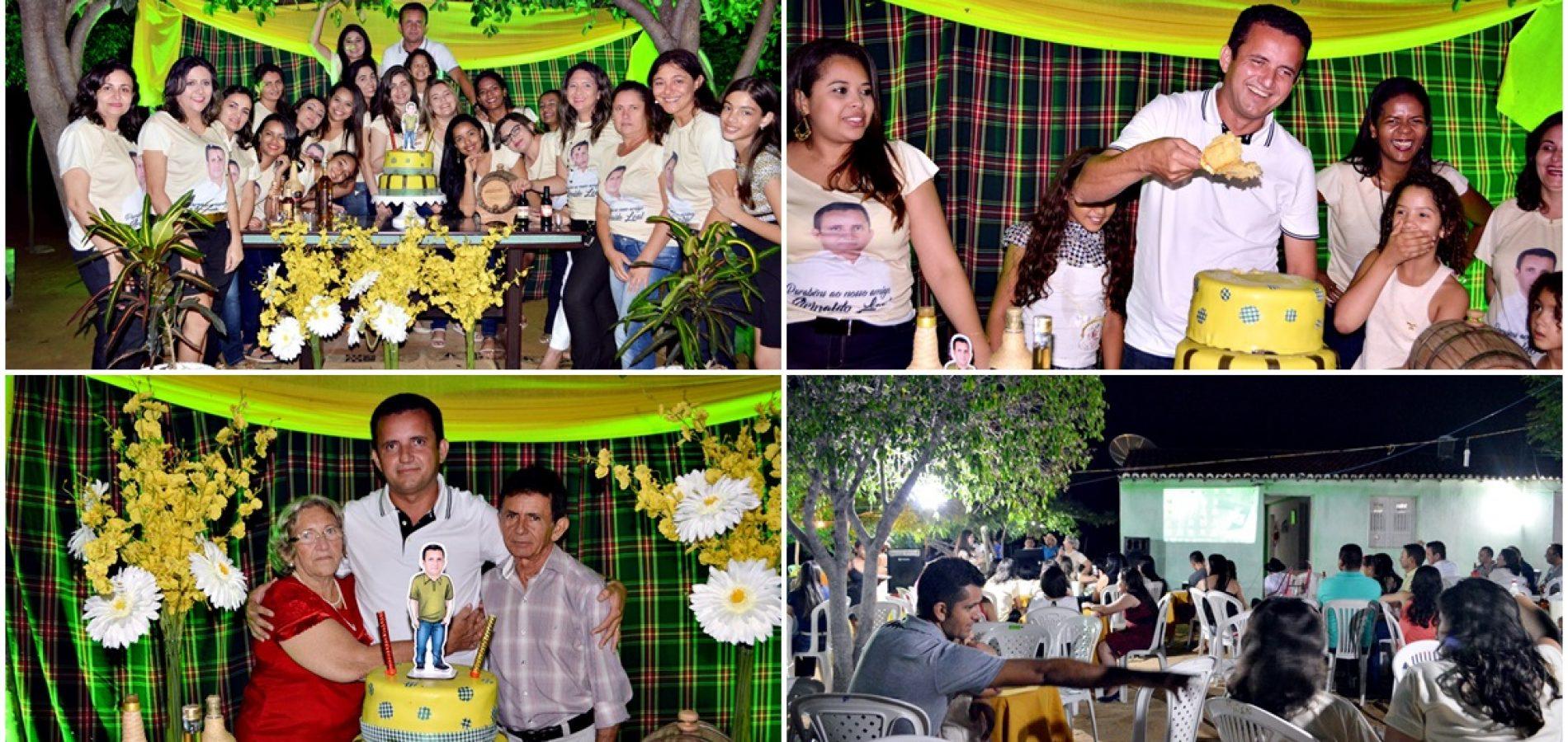 Amigos e familiares comemoram aniversário do ex-prefeito Arinaldo Leal em Vila Nova; veja fotos