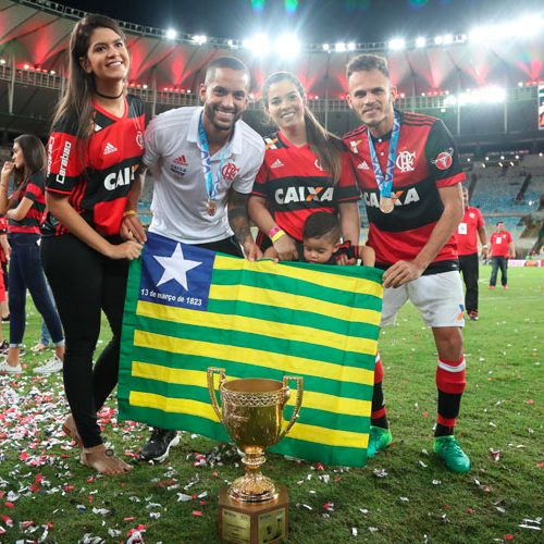 Piauienses Renê e Rômulo comemoram primeiro título com o Flamengo