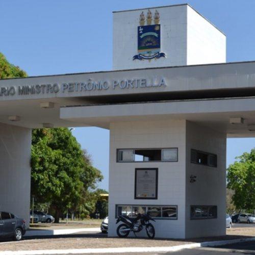 UFPI encerra inscrições de concurso para docentes; salário de até R$ 9 mil