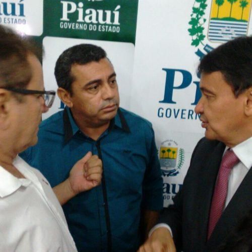 Em Teresina, prefeito de Jaicós se reúne com o governador e busca solução para o abastecimento de água