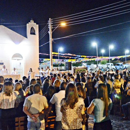 Comunidade celebra a primeira noite do novenário de São João Batista em Massapê do Piauí