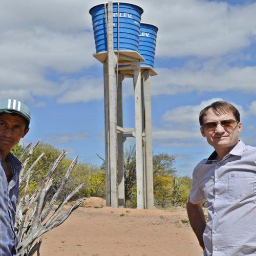 Em Massapê do Piauí, novo sistema de abastecimento vai levar água a 400 pessoas na zona rural