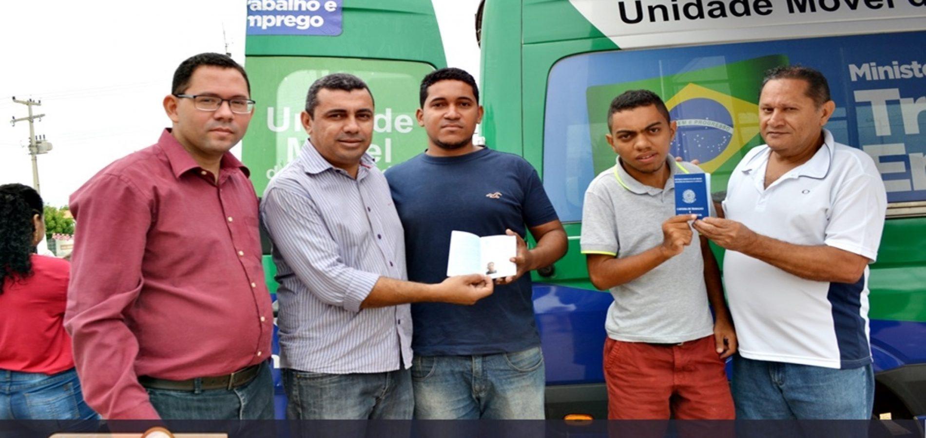 Ação itinerante chega a Jaicós e vai emitir 100 Carteiras de Trabalho por dia