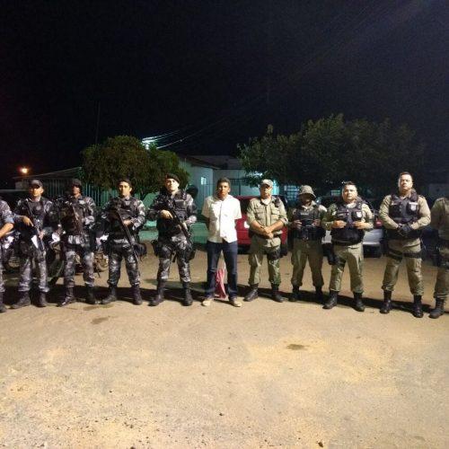 Foragido é preso dentro de ônibus interestadual em Paulistana