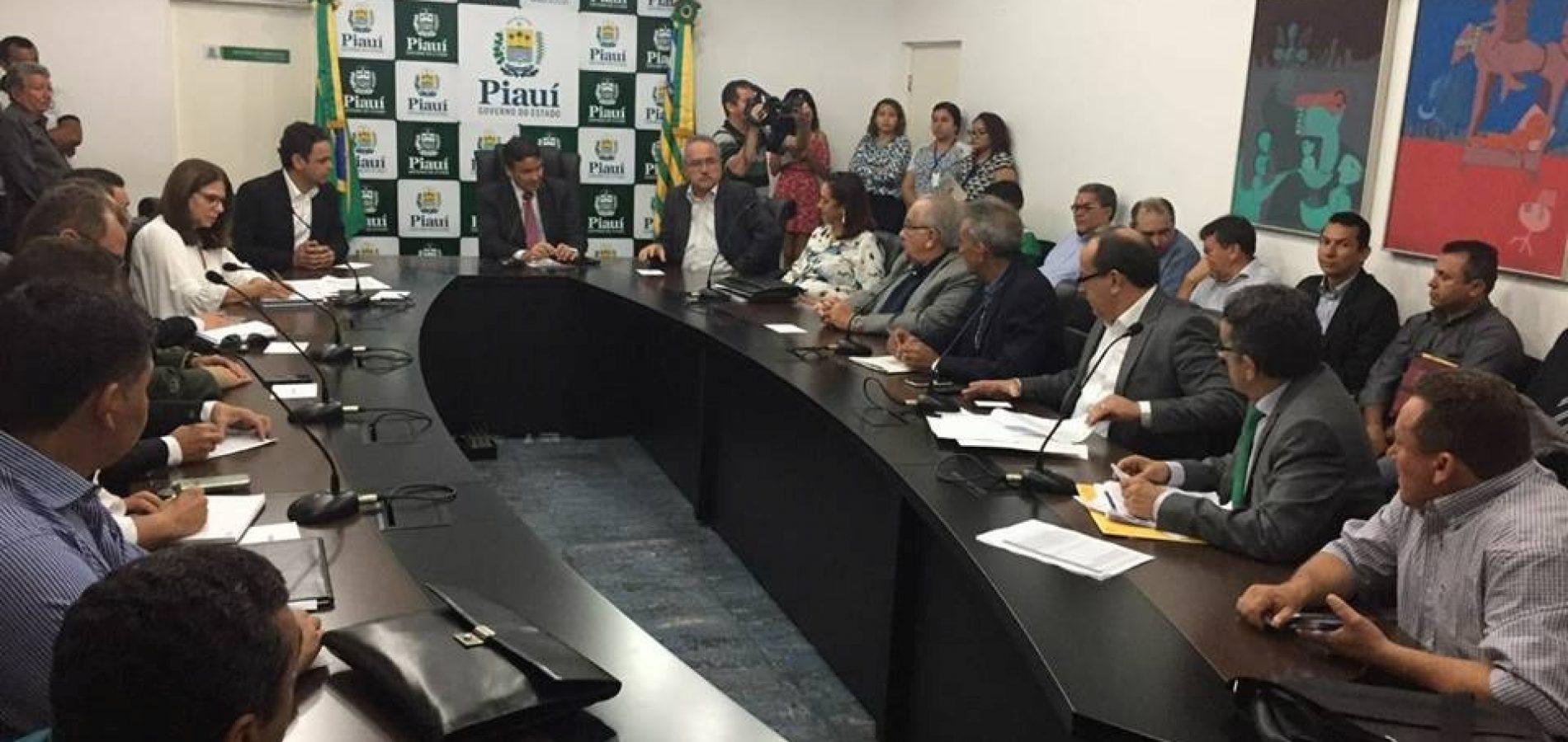 Prefeito Edilson Brito se reúne com governador para tratar da crise hídrica em Vila Nova
