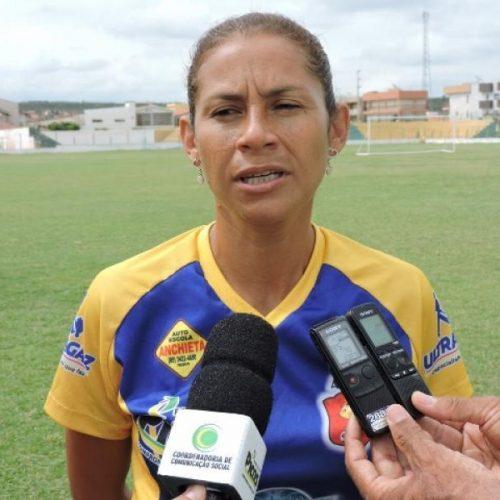 Time picoense feminino de futebol busca recursos para participar de campeonatos
