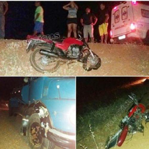 Acidente envolvendo moto e caminhão pipa, deixa um morto em Jacobina do Piauí