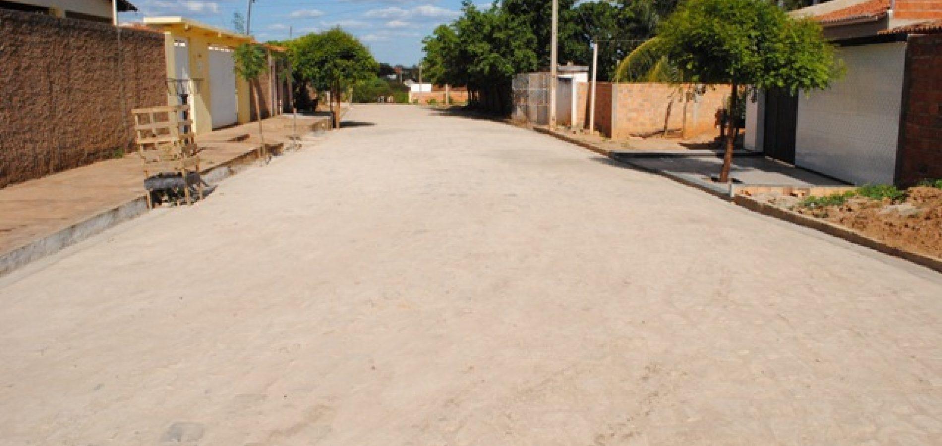 Mulher é assaltada na calçada de estabelecimento comercial em Picos