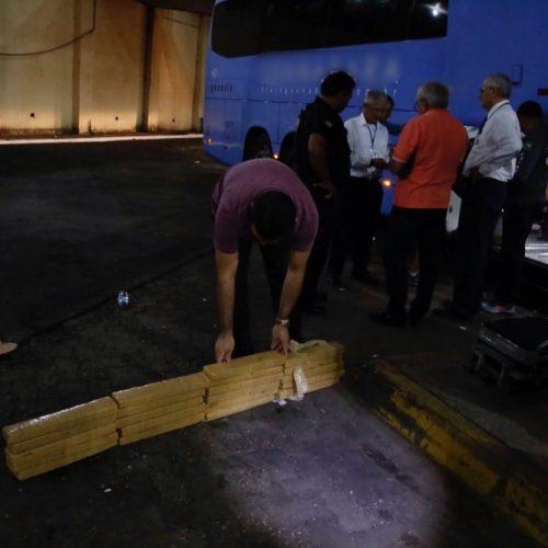 Família é presa com 40 kg de maconha em bagageiro de ônibus no Piauí
