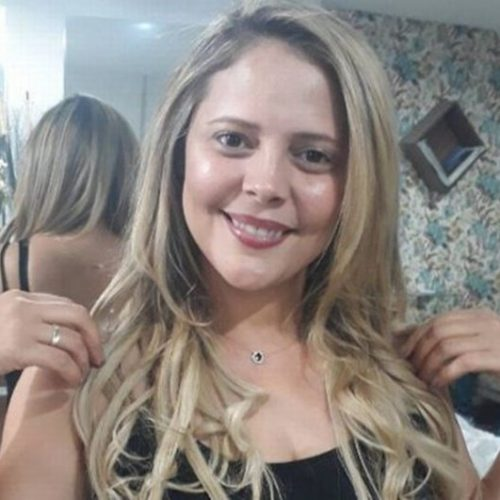 Corpo da cantora Eliza Clívia é liberado do IML de Sergipe