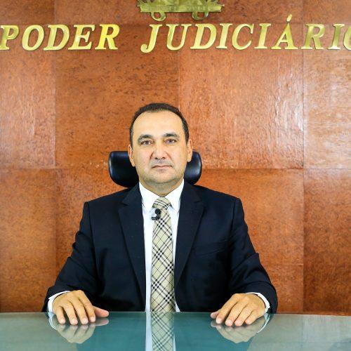 CNJ suspende prorrogação de mandato de Erivan no TJ- PI