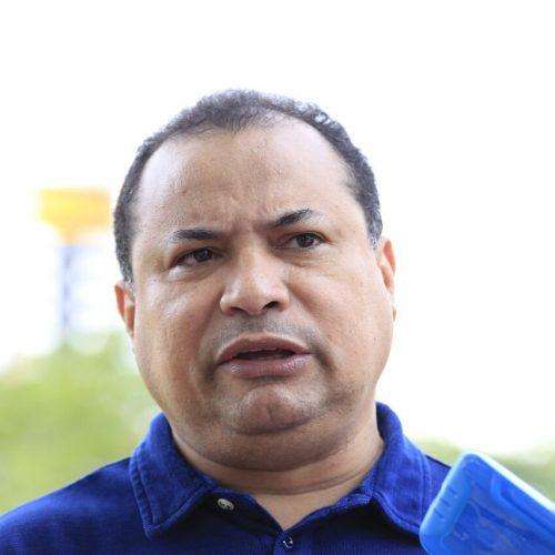 W. Dias precisa governar com tranquilidade, diz Evaldo ao rebater críticas após voltar à base