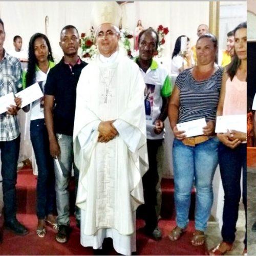 Bispo Dom Plínio visita comunidade católica de Massapê e empossa conselhos pastorais