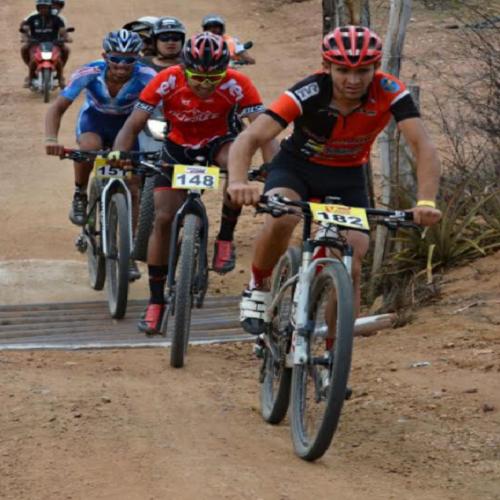 Atletas campeões de todo o Brasil estão confirmados no Picos Pro Race 2017