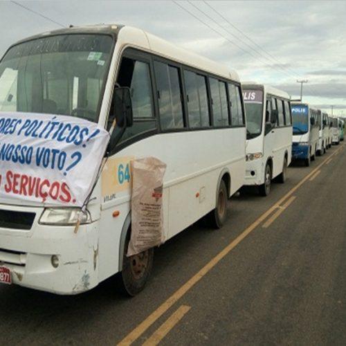 Aniversário de Itainópolis é marcado por protesto em prol de asfalto
