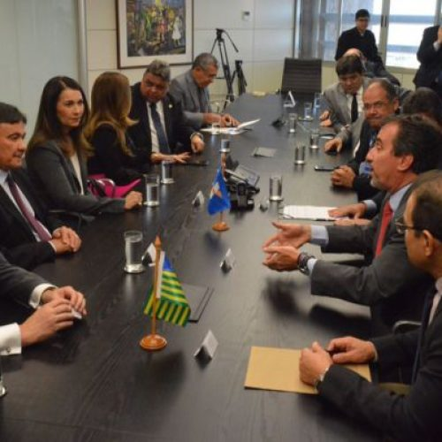 Governo do Piauí assina contrato com Caixa econômica no valor de R$ 600 milhões