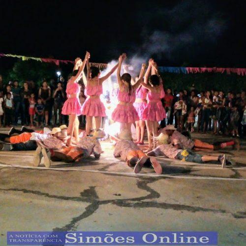 SIMÕES | Escolas do povoado Monte Santo realiza festa junina