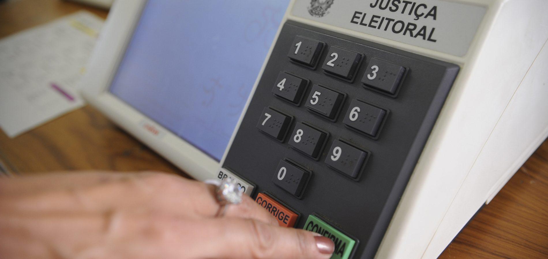 Redução de zonas pode incentivar transporte ilegal de eleitores, alerta promotor do Piauí