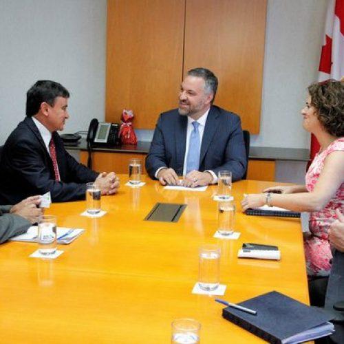 Wellington Dias e embaixador do Canadá tratam sobre ressocialização