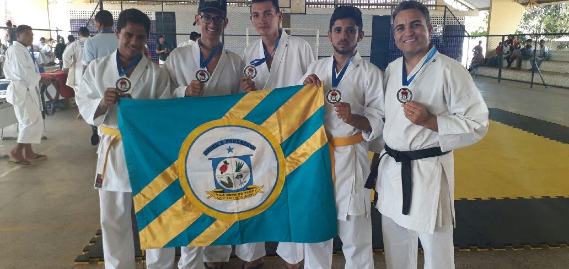 Atletas vilanovense participam da copa 'Oeiras karatê' e conquistam medalhas de Ouro e Prata, em Oeiras-PI