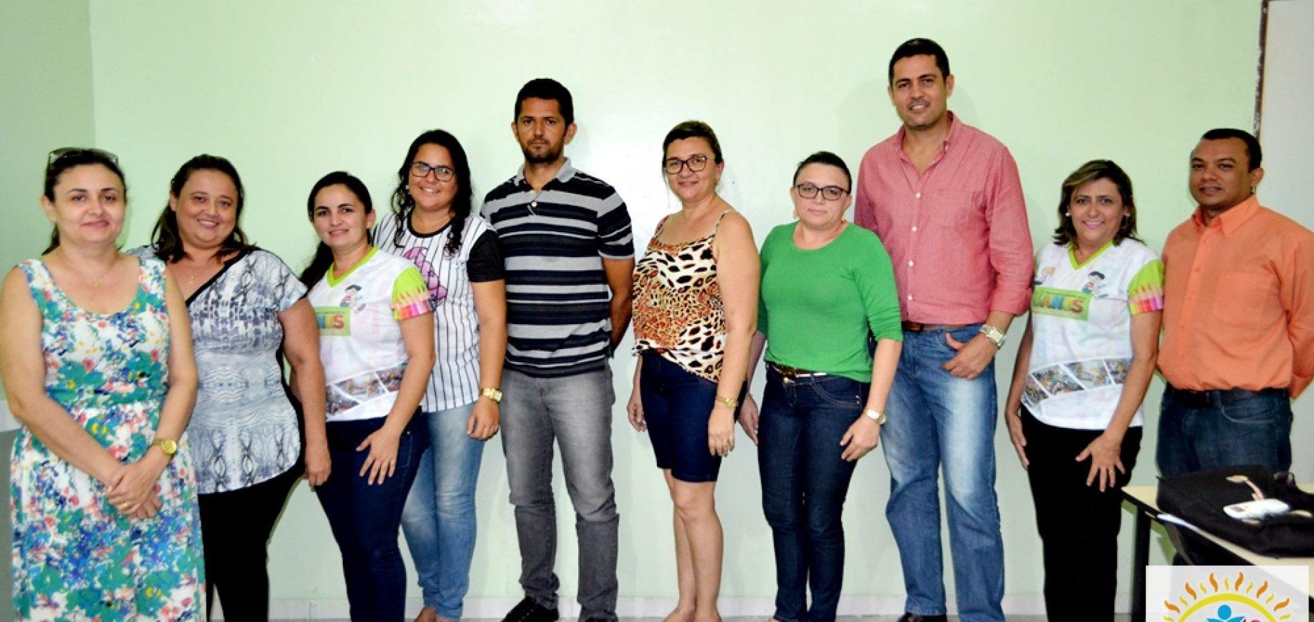 Educação de Vila Nova reúne equipe para discutir e revisar o plano de ações articuladas para aquisição de recursos e projetos no MEC