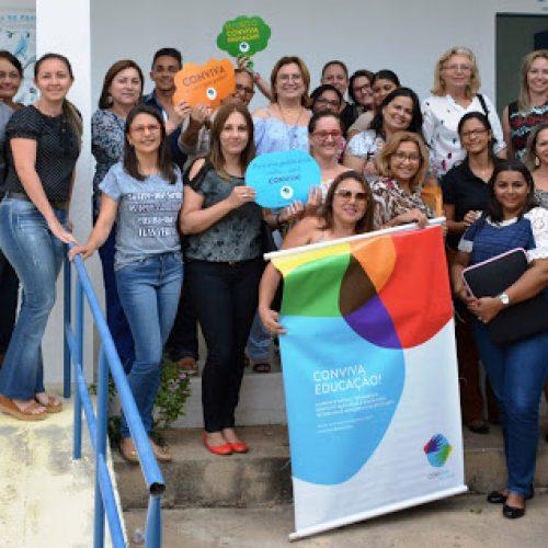 """Secretária de Educação de Fronteiras participa de capacitação do """"Conviva Educação"""" em Pio IX"""